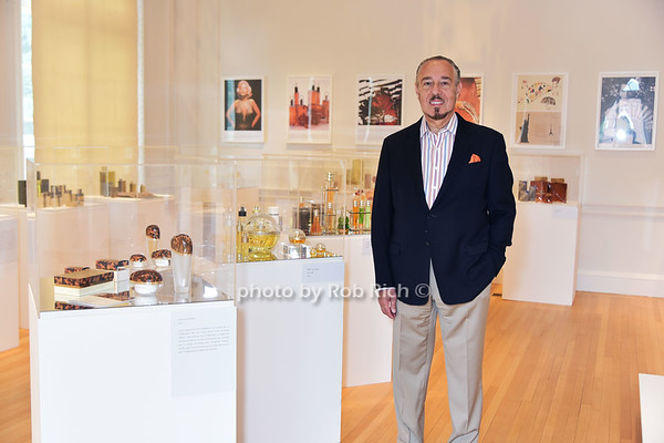 GLAMOUR ICONS  by Marc Rosen exhibit of iconic fragrance designes at the Nassau County Museum of Art in Roslyn Harbor on 9-10-17. all photos by Rob Rich/SocietyAllure.com ©2017 robrich101@gmail.com 516-676-3939
