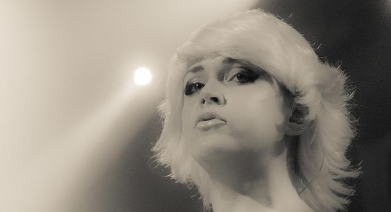 Atomic Blondie (30 of 66).jpg