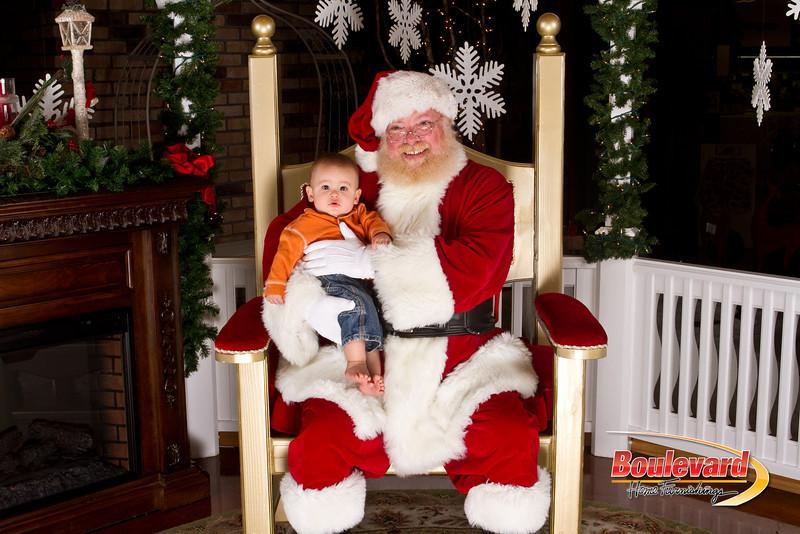 Santa Dec 15-145.jpg