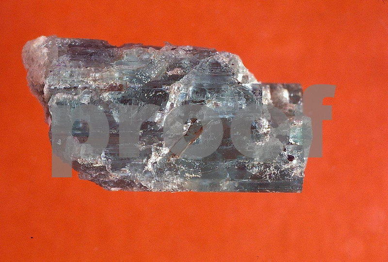Minor metal-beryl va. emerald