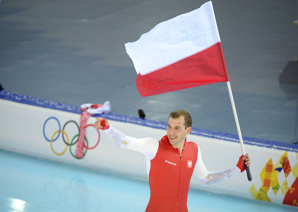 . Poland\'s Zbigniew Brodka celebrates with his flag after the Men\'s Speed Skating 1500 m at the Adler Arena during the Sochi Winter Olympics on February 15, 2014.            DAMIEN MEYER/AFP/Getty Images