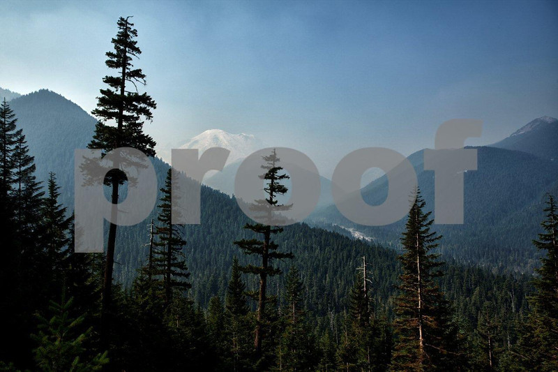 Mt. Rainier, White River, smoke 0583_HDR.jpg