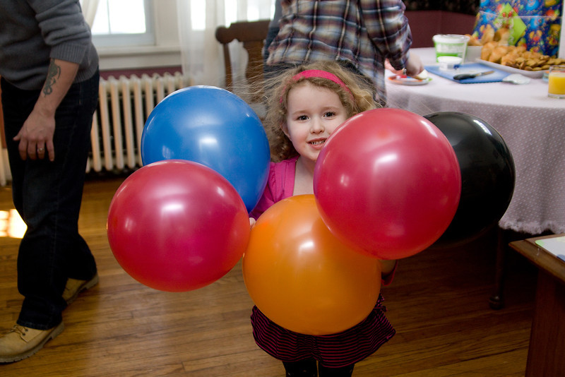 Beverly sees how many balloons she can hold