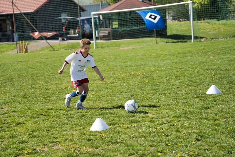 hsv-fussballschule---wochendendcamp-hannm-am-22-und-23042019-y-26_33853877258_o.jpg