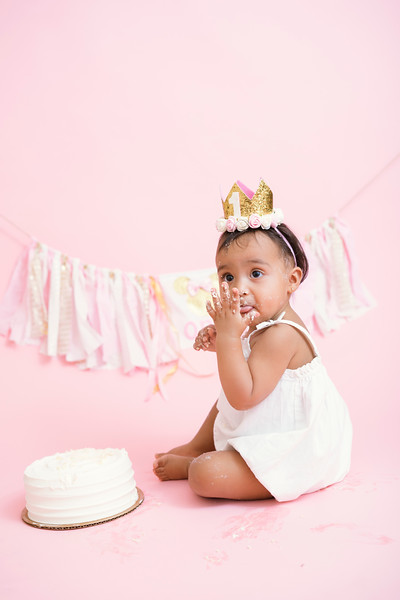 Jaylin-cake-smash (53 of 54).jpg