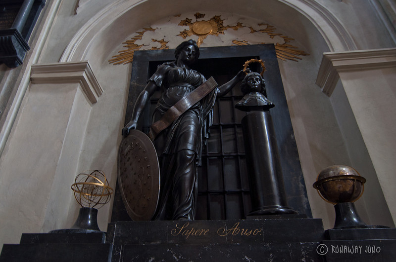 Kopernik at the church