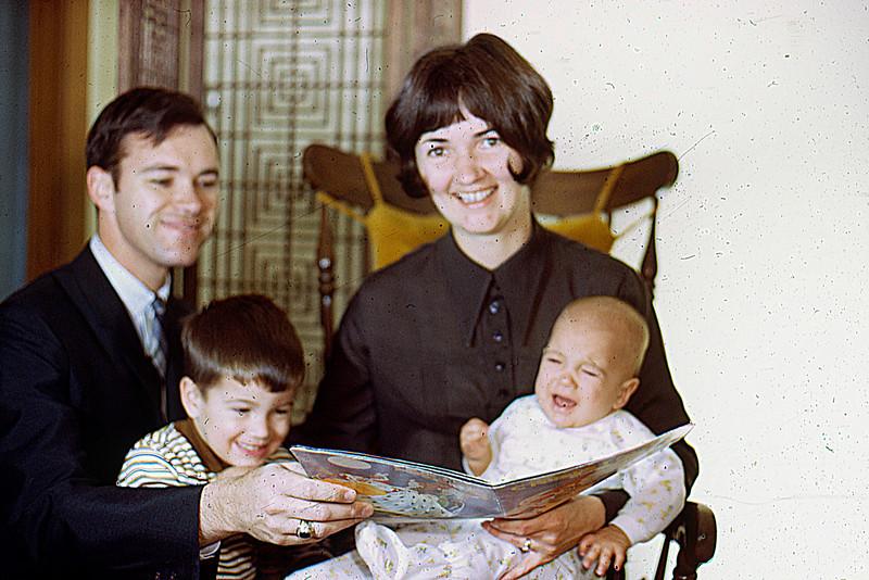 1969-12 - Christmas photo - Dwaine Randy Jo Jeff