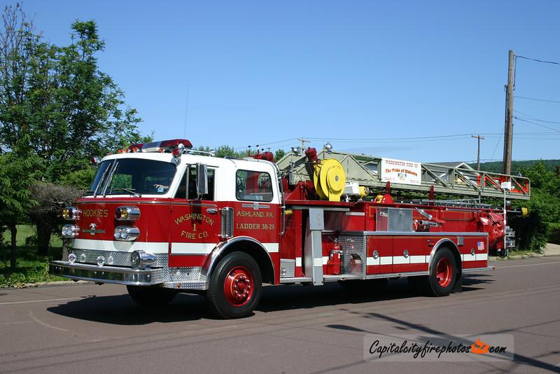 Ashland (Washington Fire Co.) Ladder 38-25: 1959/1994 American LaFrance 100'