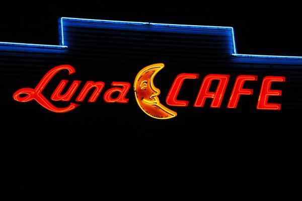 Luna-Cafe-1.jpg