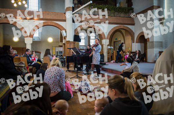 ©Bach to Baby 2017_Stuart Castle_Dartford_2017­1011 (1 of 40).jpg