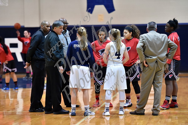 Wyomissing vs Lancaster McCaskey Girls Varsity High School Basketball 2015 - 2016