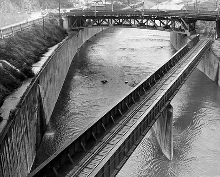 LA-River01.jpg