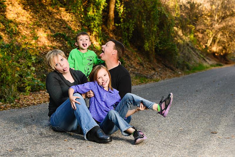Sant Family-24-Edit.jpg