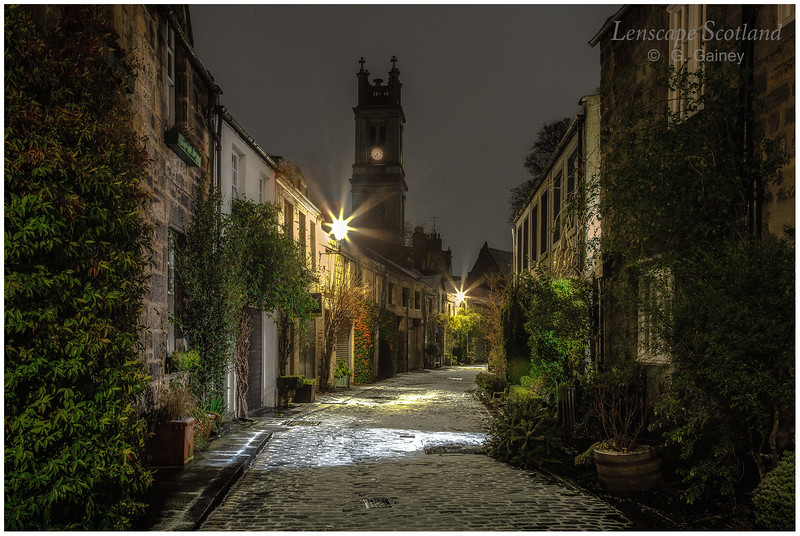 Circus Lane at night with a thin sprinkling of snow