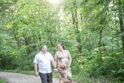 Cassie and Matt Maternity