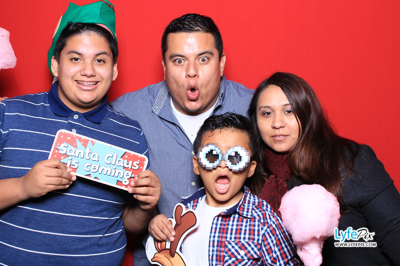 eastern-2018-holiday-party-sterling-virginia-photo-booth-1-4.jpg
