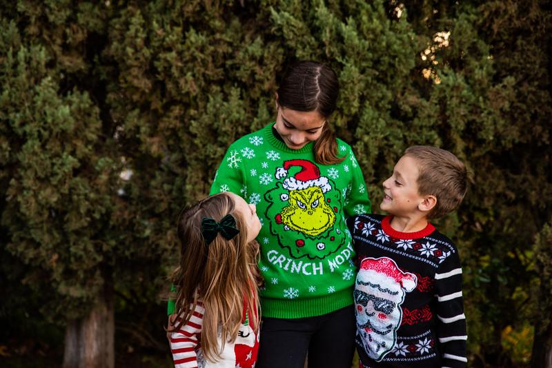 Christmas Sweater Cousins 2020-6709.jpg