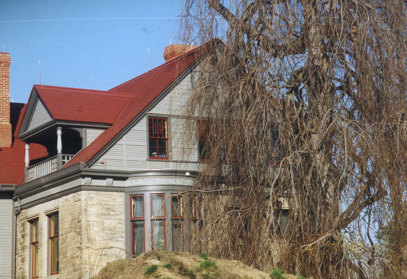 . Renovations at the James A. Garfield National Historic Site, April 1998. (courtesy James A. Garfield National Historic Site)