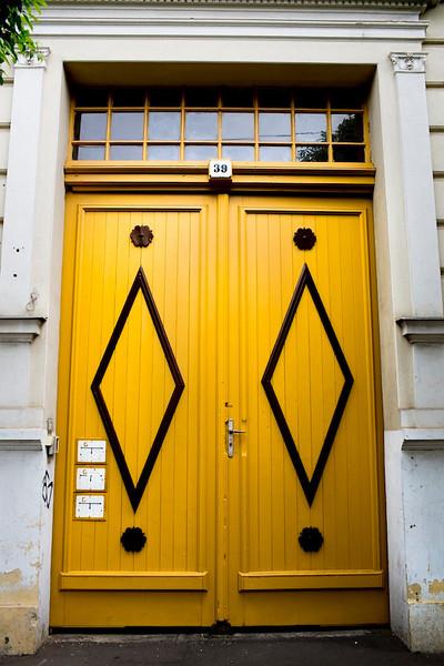 db doors23.jpg