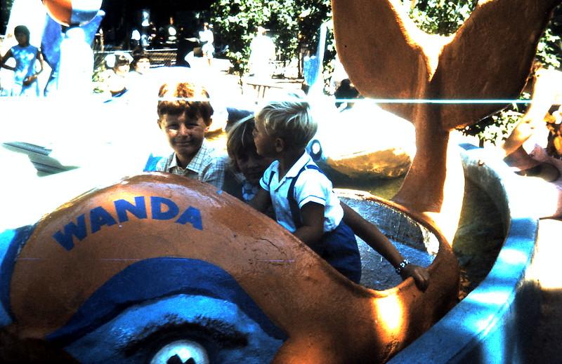 1972-1-30 (18) @ the zoo.JPG