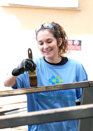 101219 GCGV The Purple Door Volunteer event