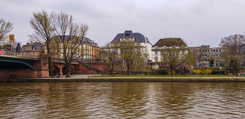 Frankfurt 3-24-19-114.jpg