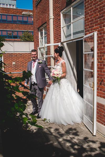 Mr & Mrs Hedges-Gale-71.jpg