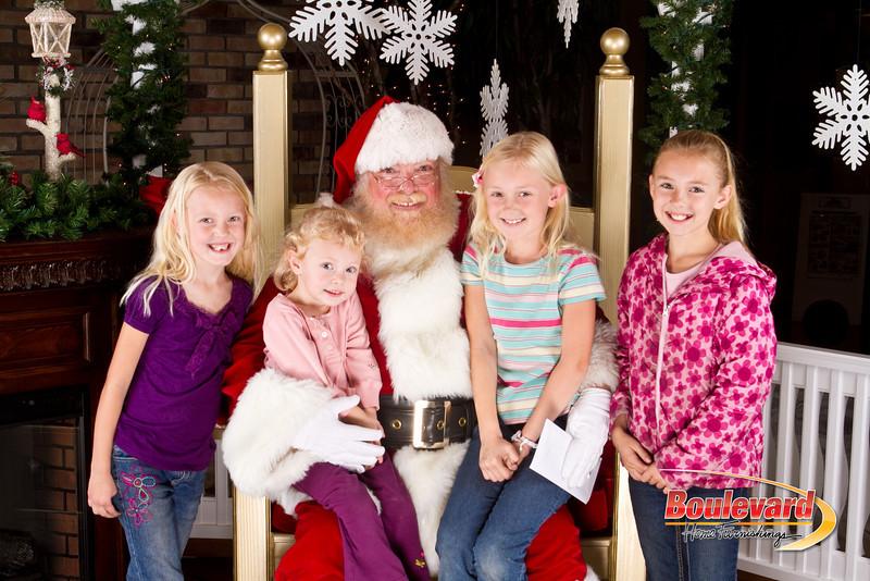Santa Dec 8-222.jpg