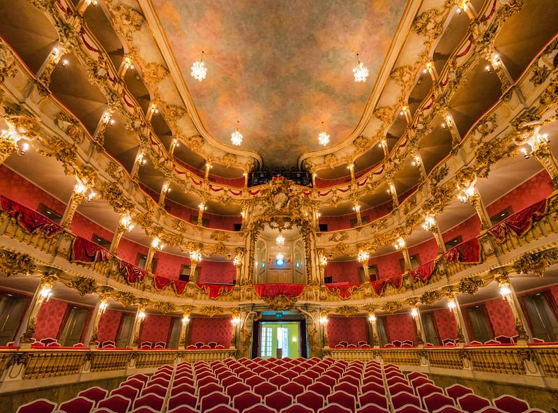 Cuvillier-Theatre-3.jpg