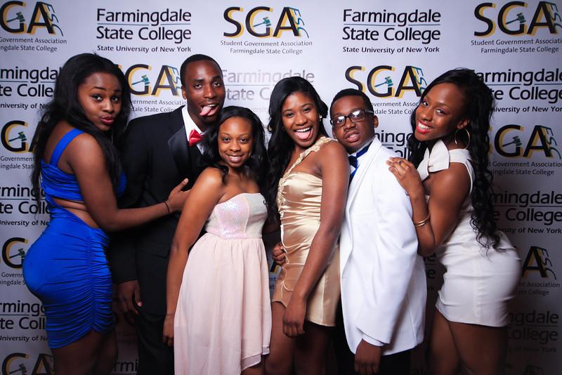 Farmingdale SGA-200.jpg