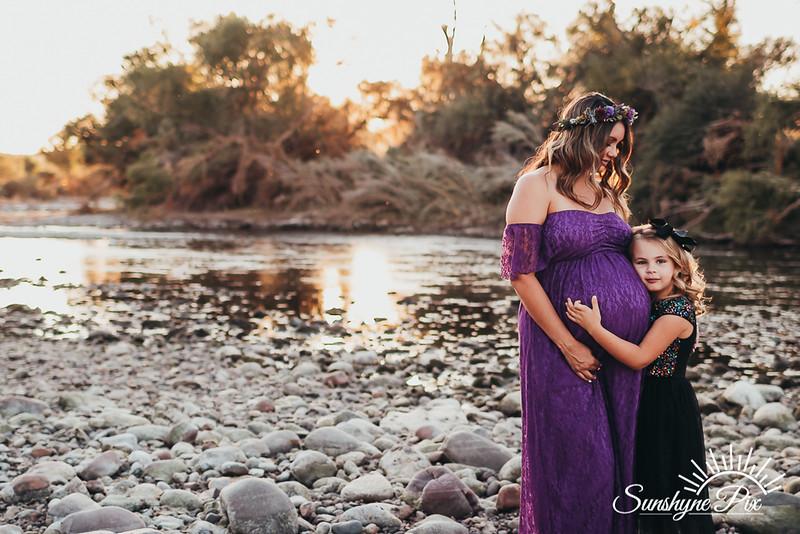 Britney Maternity-9334.jpg