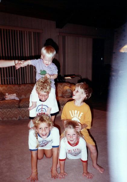 1988_Summer_Brad_and_the_gang_visit
