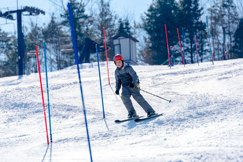 Standard-Race_2-3-18_Snow-Trails-73513.jpg