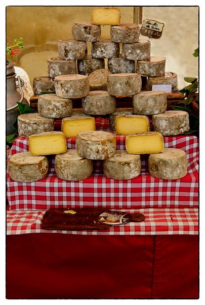 cheese pyramid.jpg
