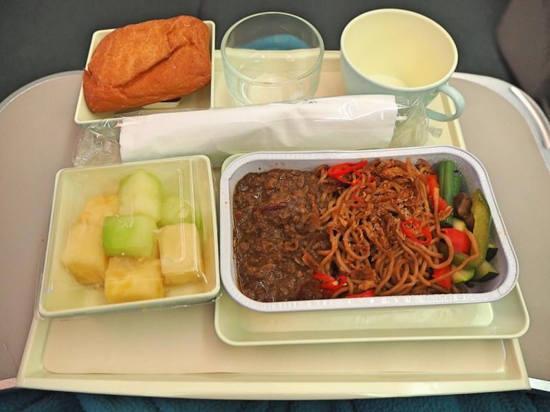 PB110098-beef-noodles.jpg