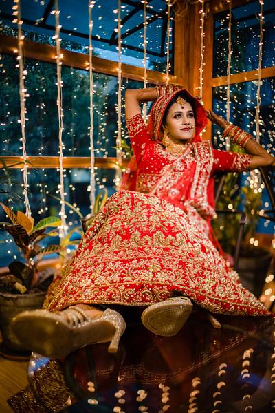 Candid Wedding Photographer Ahmedabad-1-155.jpg