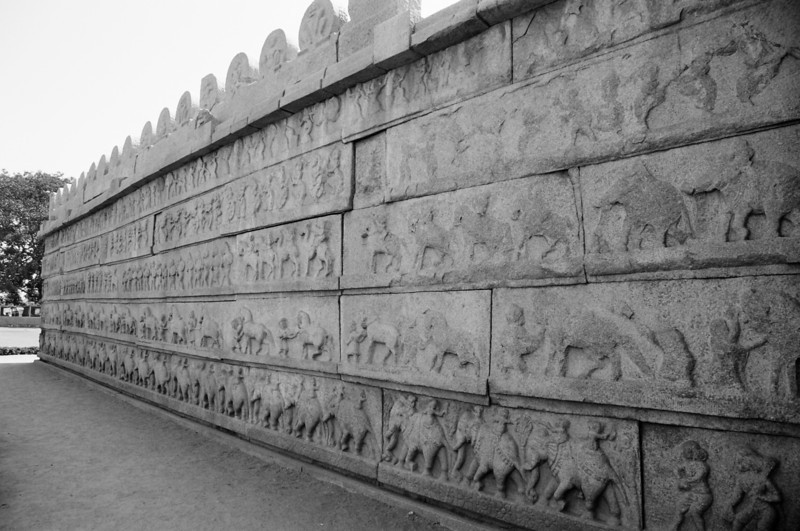 The story of Ramayana is depicted on the walls around the Hazararama temple.