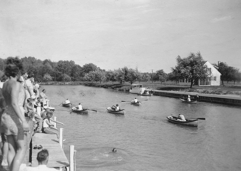 July 4, 1935 row boat races