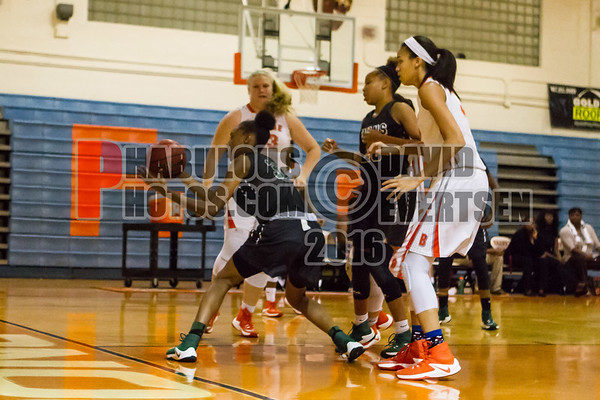 Girls Varsity Basketball #33 - 2016