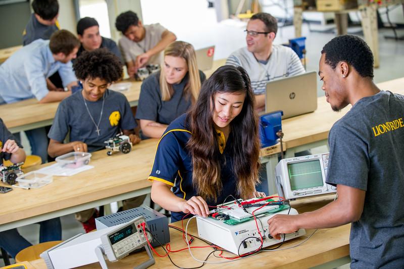 17339-Electrical Engineering-8121.jpg