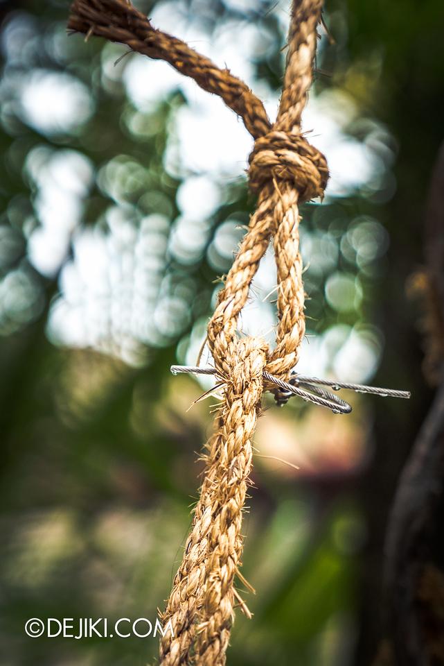 Universal Studios Singapore - Halloween Horror Nights 6 Before Dark Day Photo Report 2 - Suicide Forest hangman rope 2