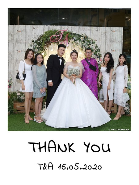 TA-wedding-instant-print-photo-booth-at-Revierside-Palace-Quan-4-Chup-hinh-in-anh-lay-lien-Tiec-Cuoi-008.jpg