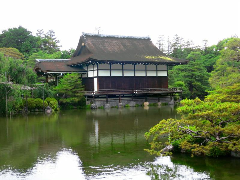 2051 Shobi-kan (at the end of the bridge).jpg