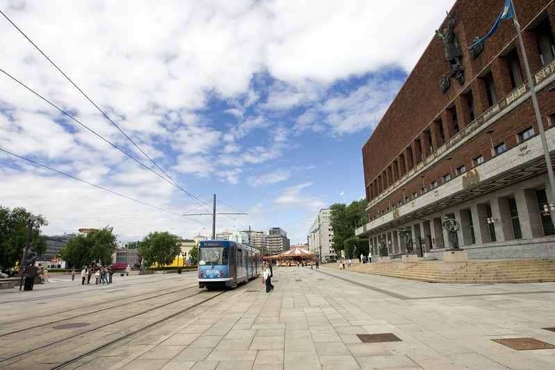 The City Hall and streetcars are both symbols of Oslo
