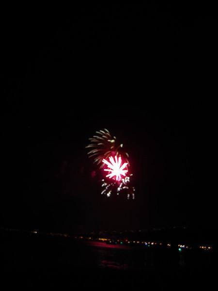 Hawaii - July 4th Fireworks-20.JPG