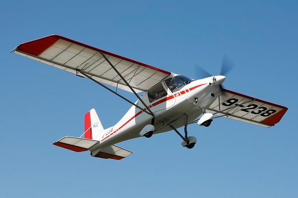 9-238 - Comco Ikarus C-42