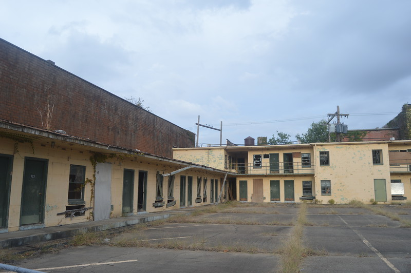 145 Abandoned Motel.jpg
