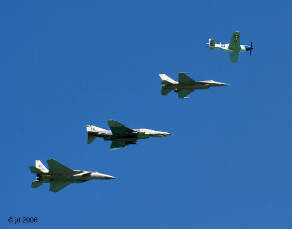 /Users/johnlanham/Pictures/Air & Water Show/Worked/IMG_4533.jpg