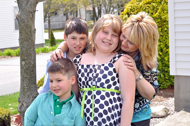 Kim and Kids 01.jpg