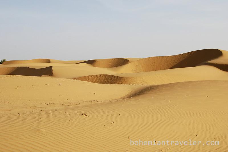 desert sand dunes (4).jpg